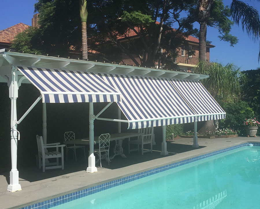 Italia Drop Arm Awning